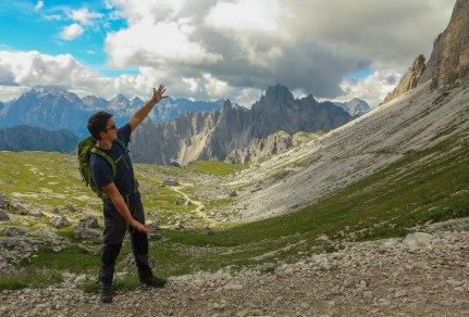 Håkan is showing us the Dolomites.