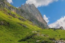 Such a weird mountainshape!